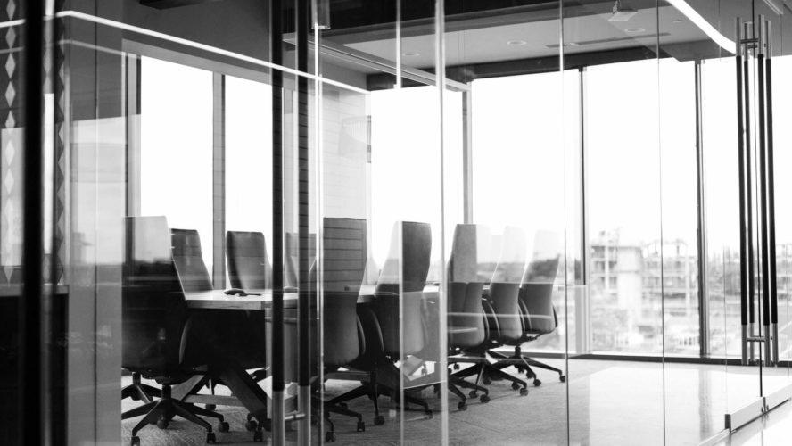 مبادئ القانون التجاري وقانون الأعمال