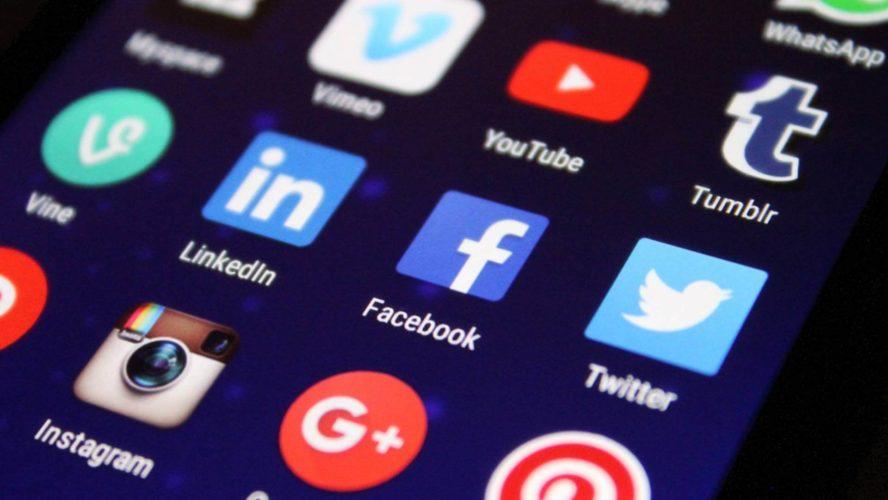 Mastering Social Media Analytics